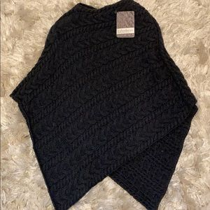 GUIDEBOAT Co. wool poncho sz Small NWT